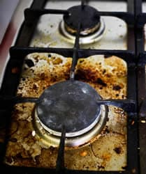 How To Clean An Oven From The Stove Top To Between The