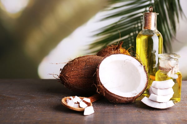 Use coconut oil for everything? Here's how to make a natural face wash with coconut oil.