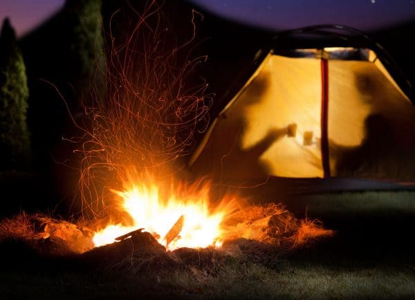 campfire - how to repel mosquitoes outdoors