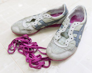 wash laces of your sneakers separately