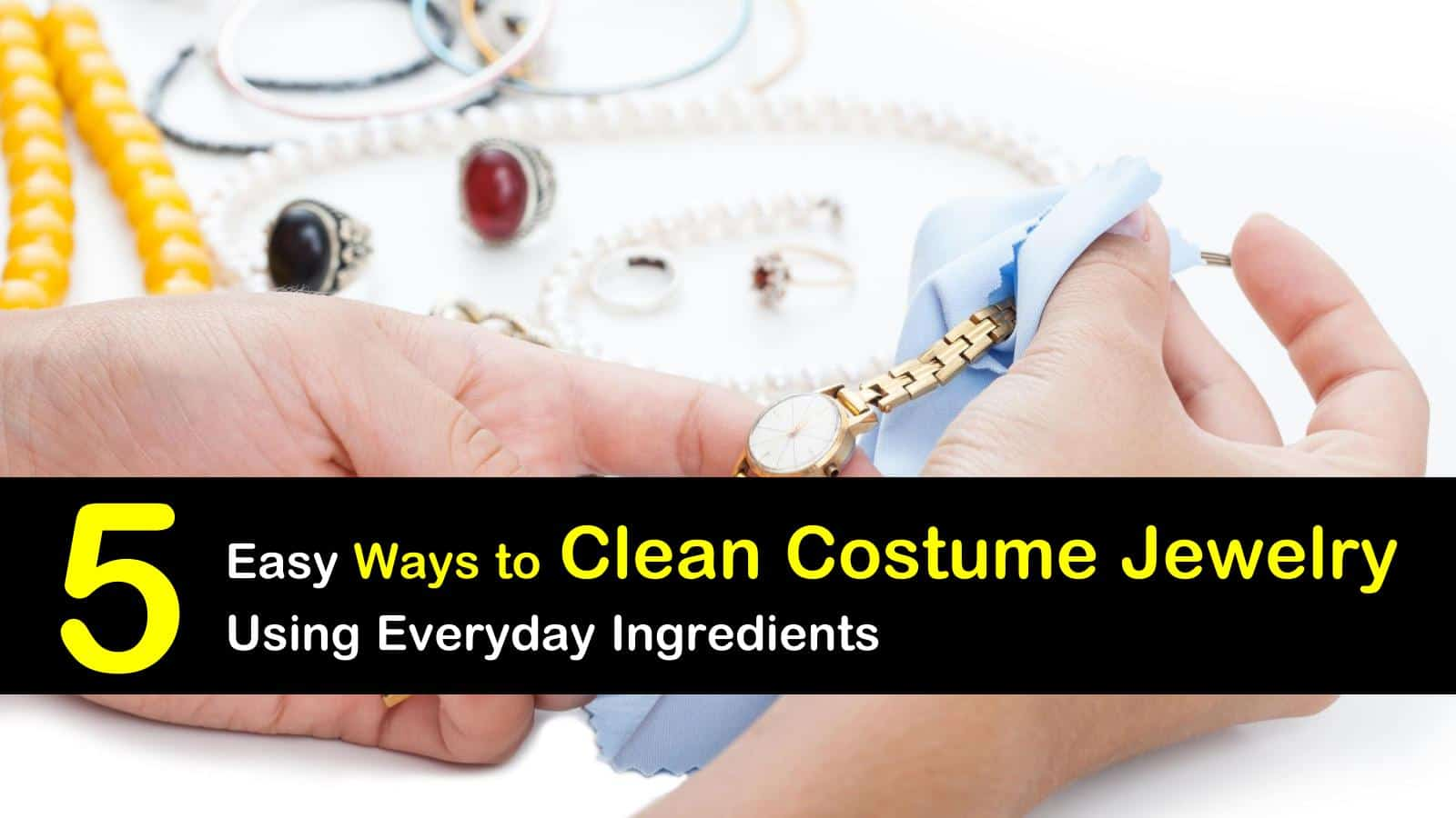 how to clean costume jewelry titleimg1