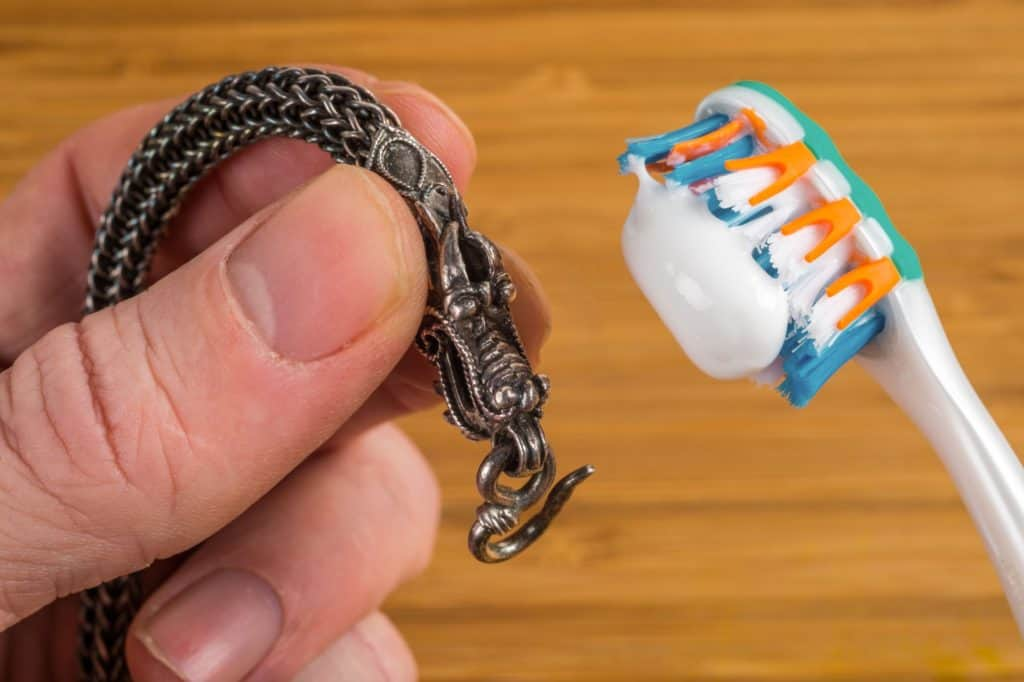 Toothpaste cleans jewelry.